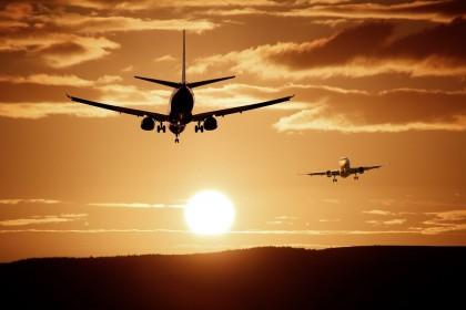 """""""AirBaltic"""" bilietai ir pigūs skrydžiai"""